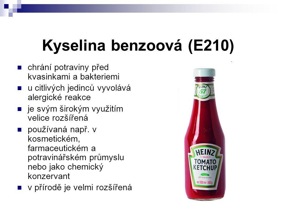 Kyselina benzoová (E210) chrání potraviny před kvasinkami a bakteriemi