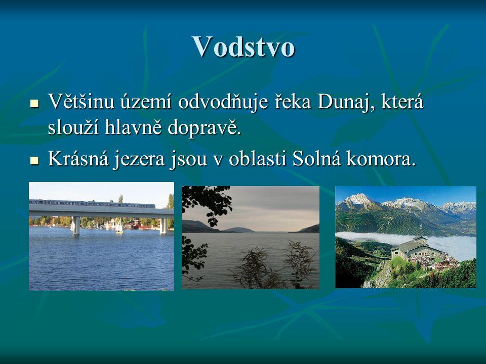 Vodstvo Většinu území odvodňuje řeka Dunaj, která slouží hlavně dopravě.