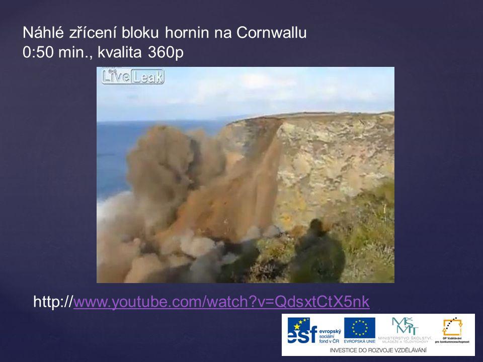 Náhlé zřícení bloku hornin na Cornwallu