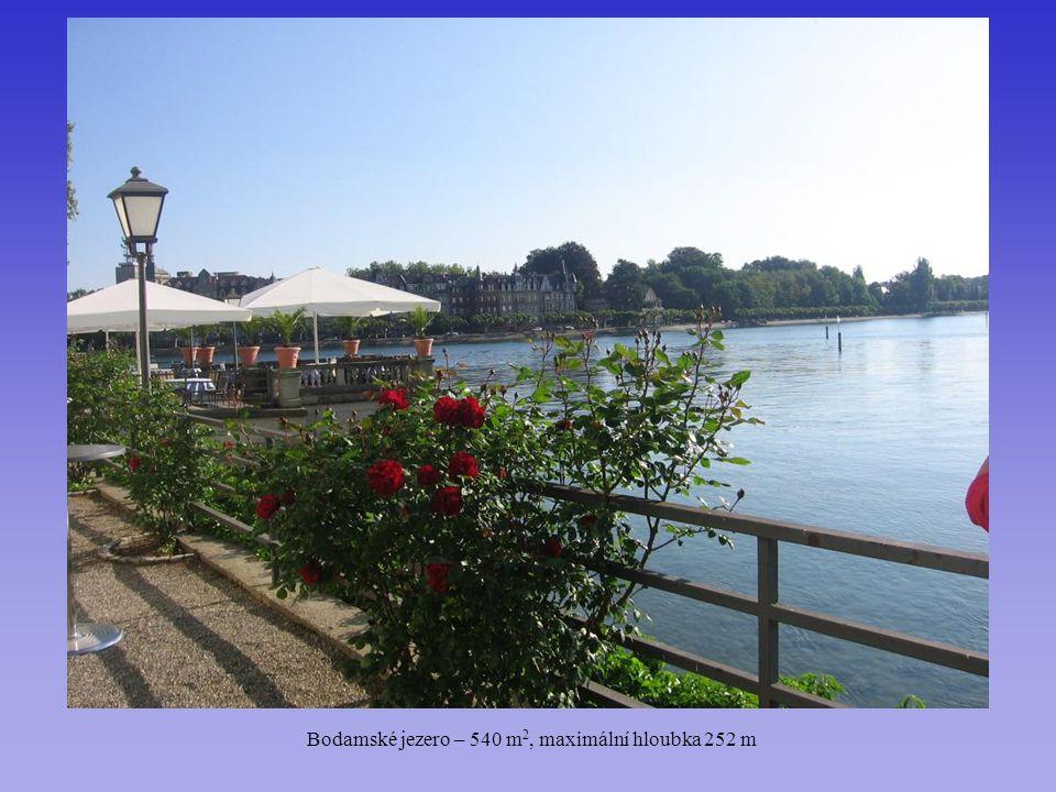 Bodamské jezero – 540 m2, maximální hloubka 252 m