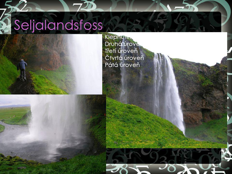 Seljalandsfoss Klepnutím lze upravit styly předlohy textu.