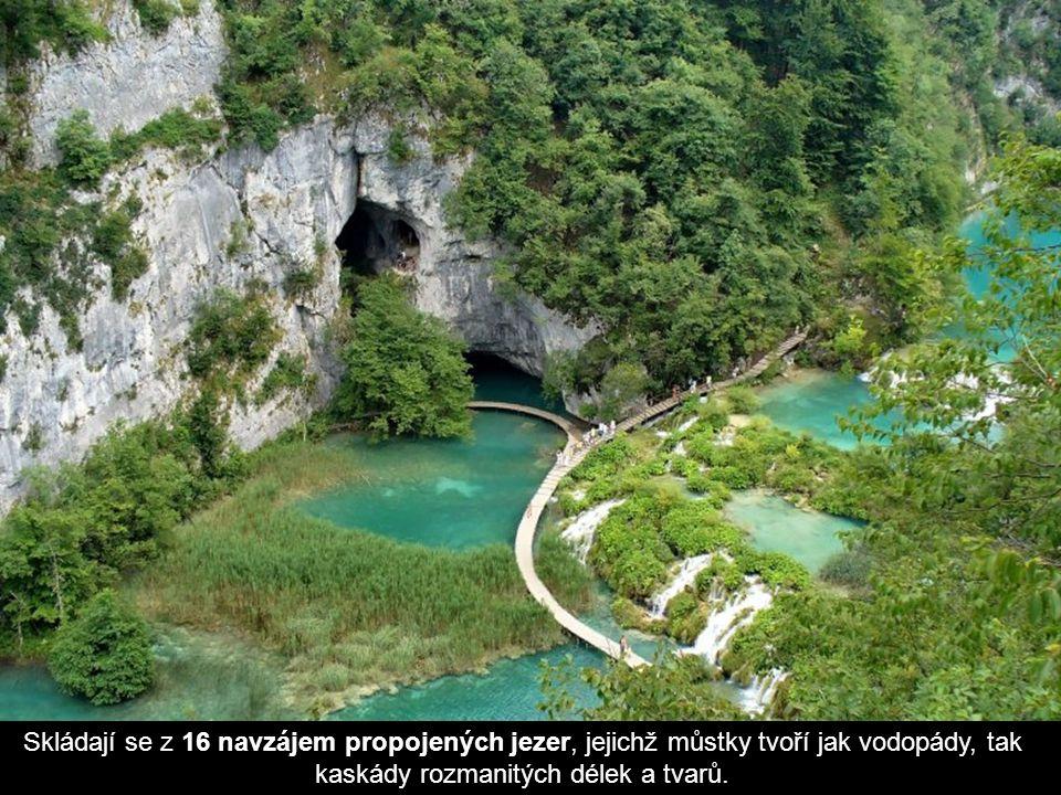 Skládají se z 16 navzájem propojených jezer, jejichž můstky tvoří jak vodopády, tak kaskády rozmanitých délek a tvarů.