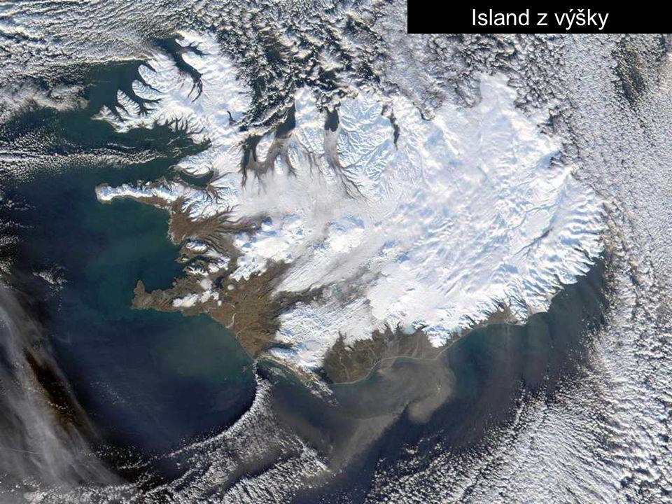 Island z výšky