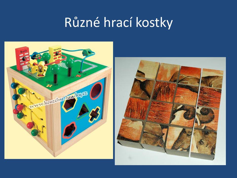 Různé hrací kostky