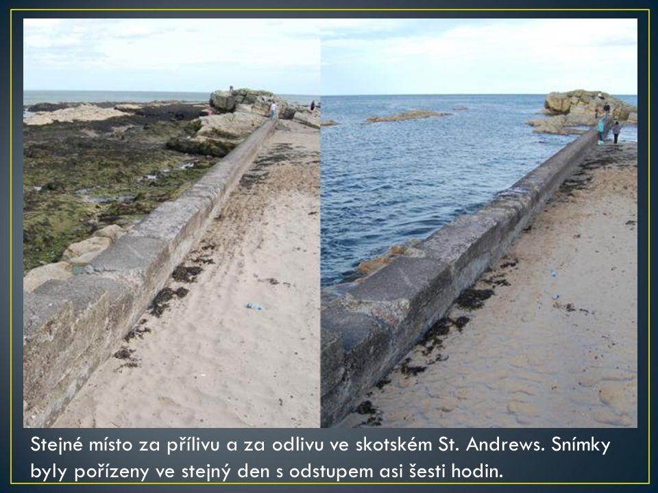 Stejné místo za přílivu a za odlivu ve skotském St. Andrews