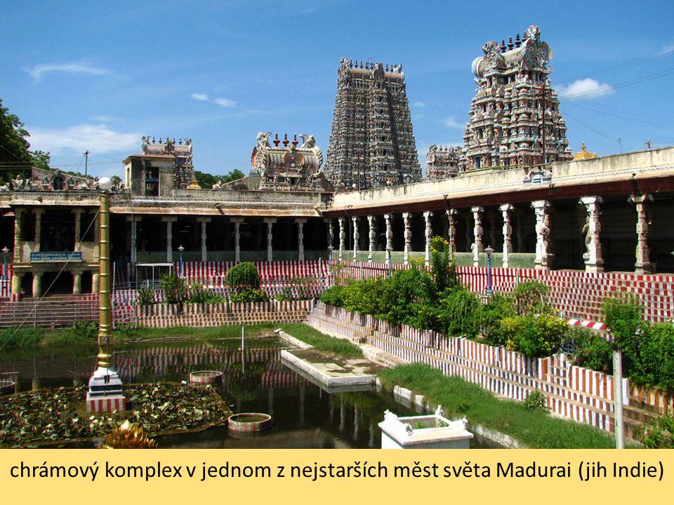 chrámový komplex v jednom z nejstarších měst světa Madurai (jih Indie)