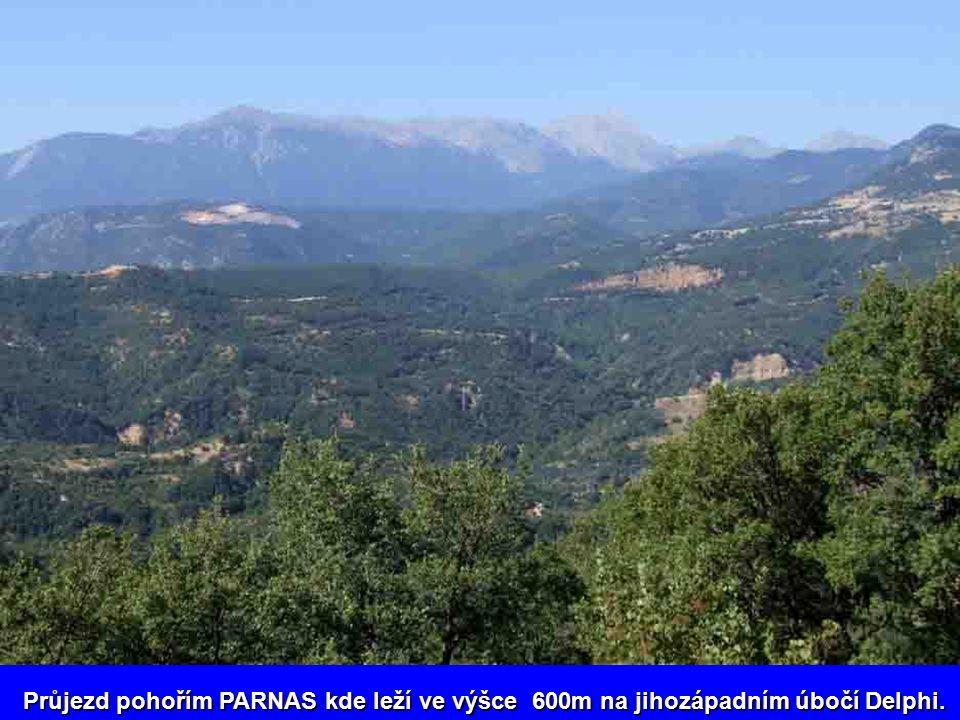 Průjezd pohořím PARNAS kde leží ve výšce 600m na jihozápadním úbočí Delphi.