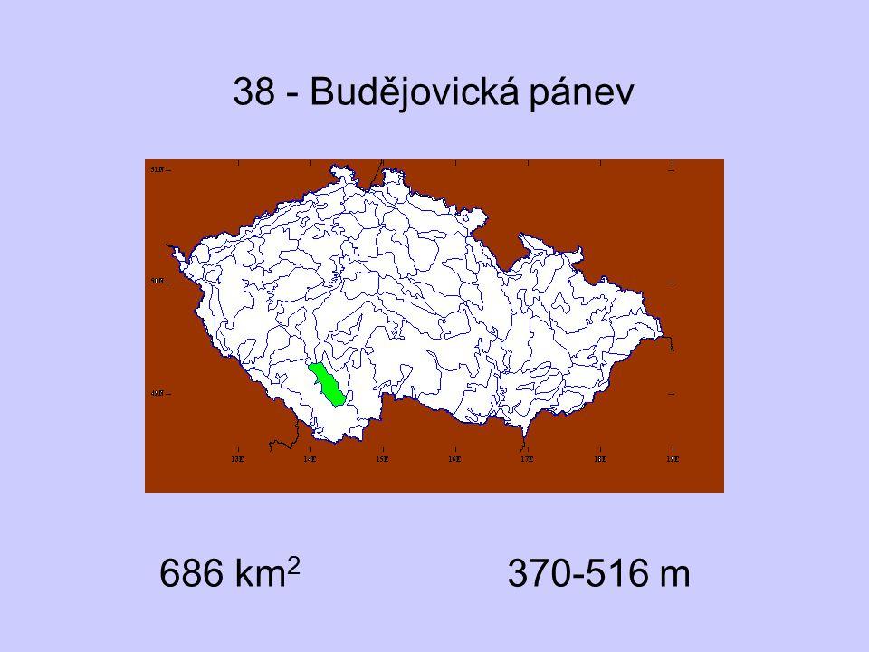 38 - Budějovická pánev 686 km2 370-516 m