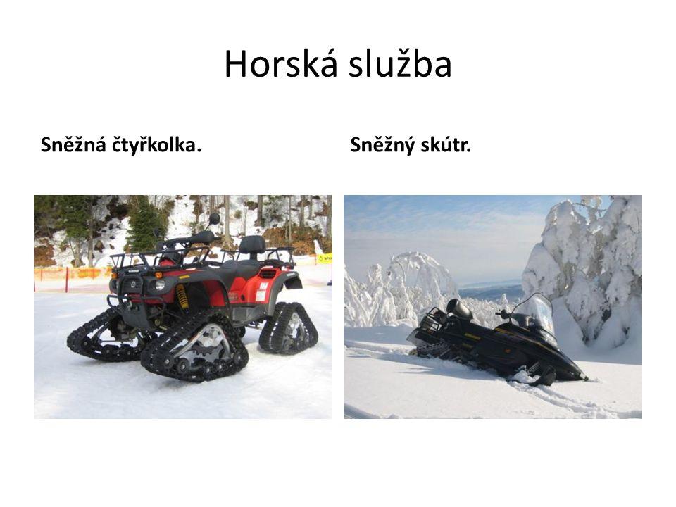 Horská služba Sněžná čtyřkolka. Sněžný skútr.