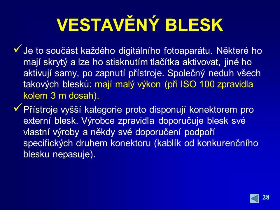 VESTAVĚNÝ BLESK