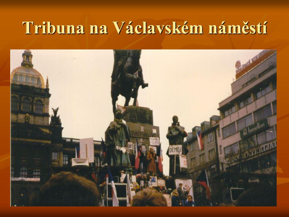Tribuna na Václavském náměstí