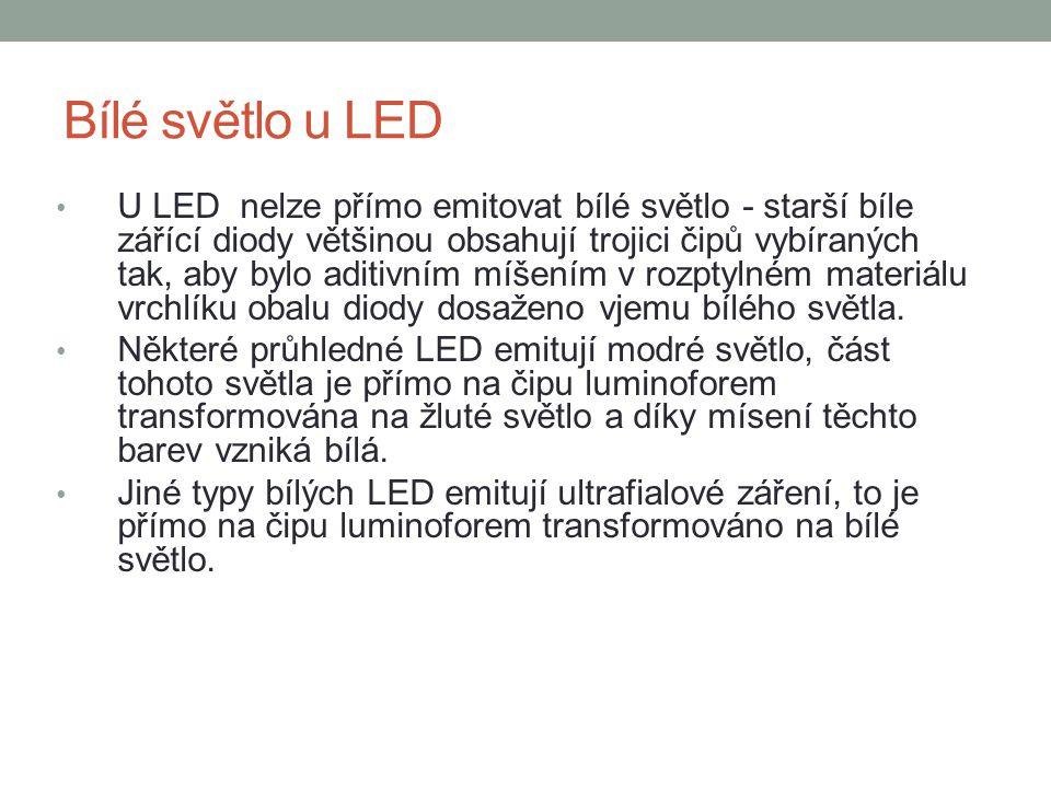 Bílé světlo u LED