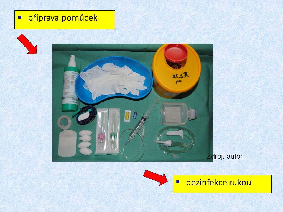 příprava pomůcek Zdroj: autor dezinfekce rukou