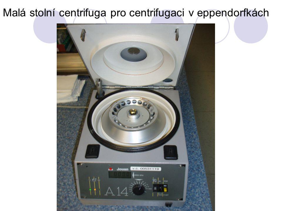 Malá stolní centrifuga pro centrifugaci v eppendorfkách