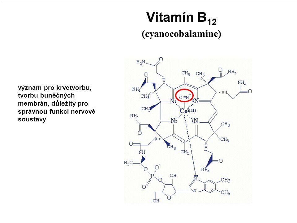 Kyanovodík (HCN), kyanidy (CN-)