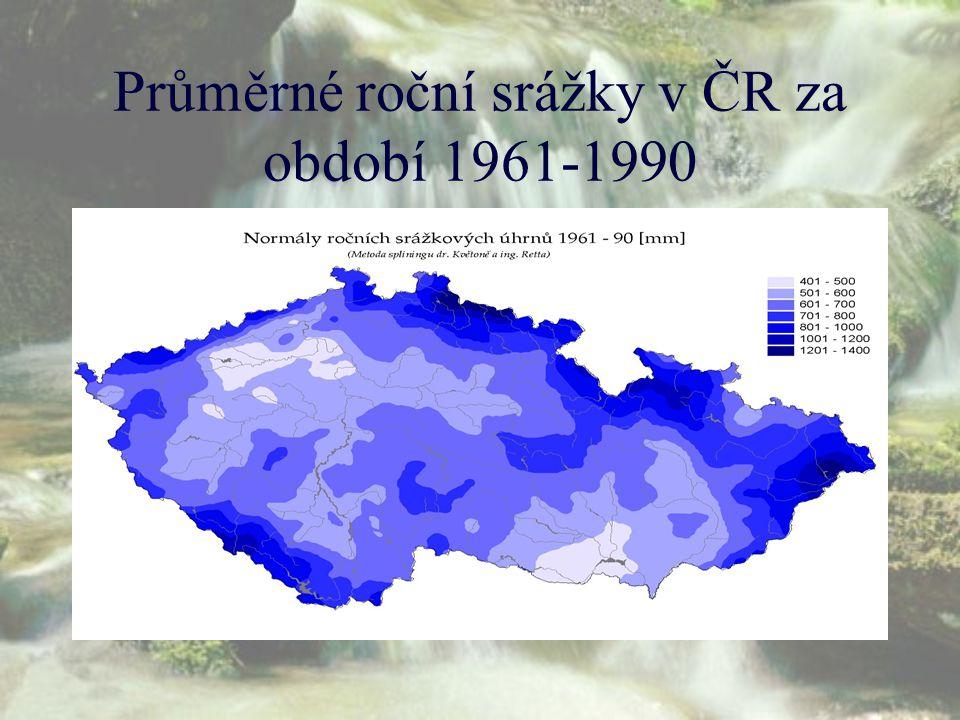 Průměrné roční srážky v ČR za období 1961-1990