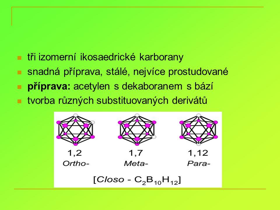 tři izomerní ikosaedrické karborany