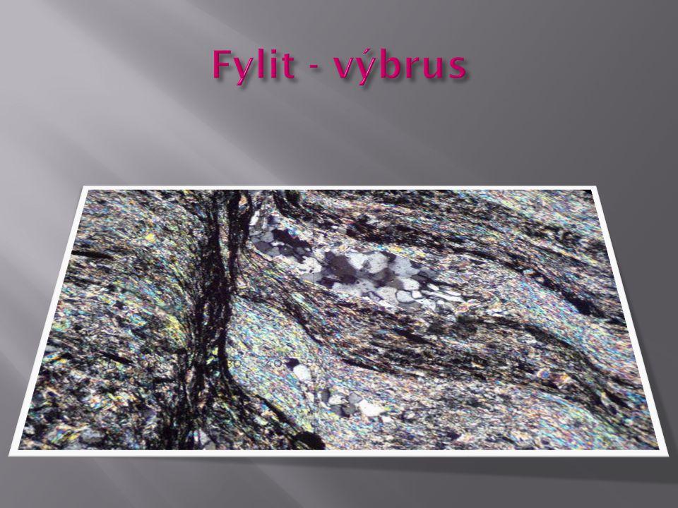 Fylit - výbrus