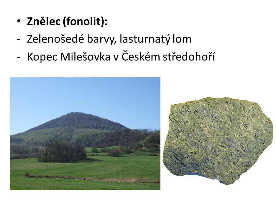 Znělec (fonolit): Zelenošedé barvy, lasturnatý lom Kopec Milešovka v Českém středohoří