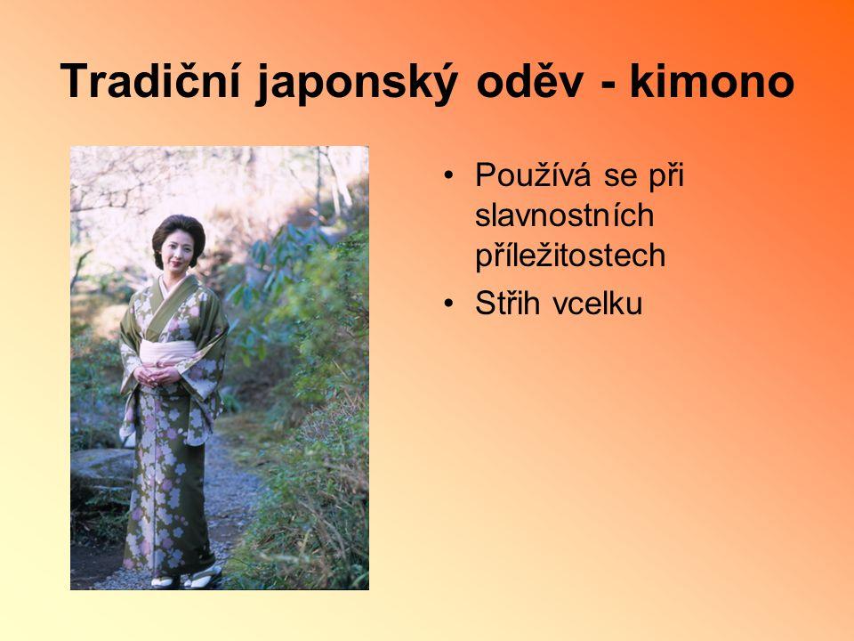 Tradiční japonský oděv - kimono
