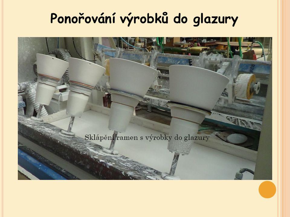 Ponořování výrobků do glazury