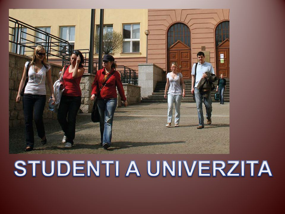 STUDENTI A UNIVERZITA