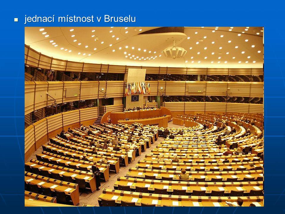 jednací místnost v Bruselu