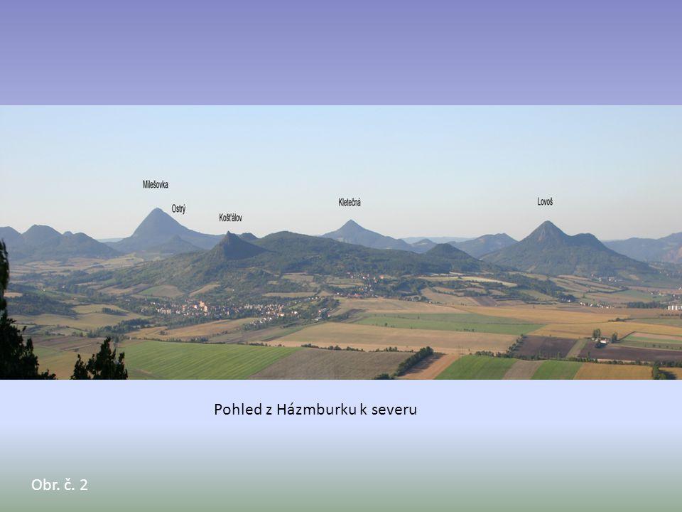 Pohled z Házmburku k severu
