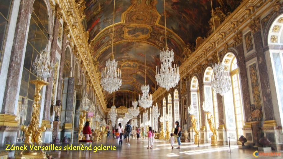 Zámek Versailles skleněná galerie