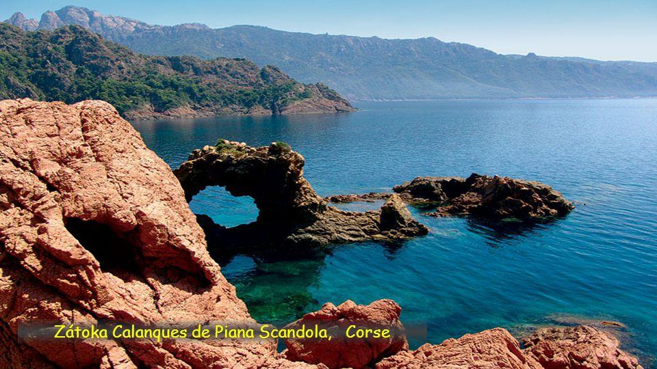 Zátoka Calanques de Piana Scandola, Corse