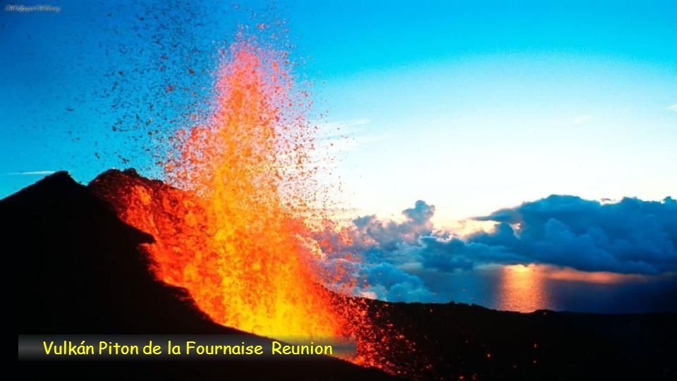 Vulkán Piton de la Fournaise Reunion