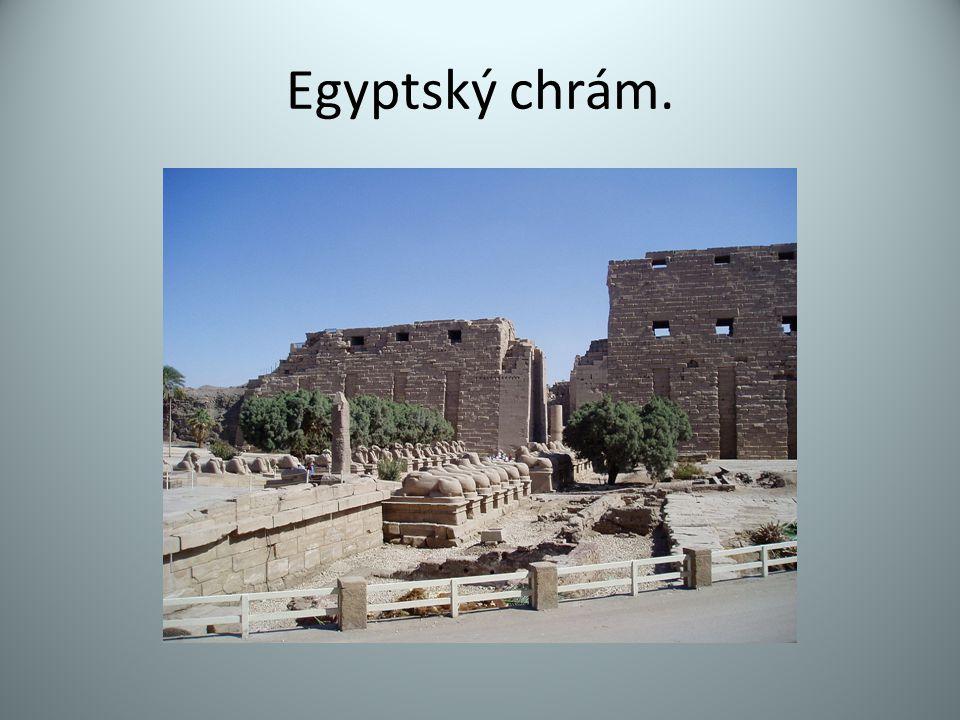 Egyptský chrám.