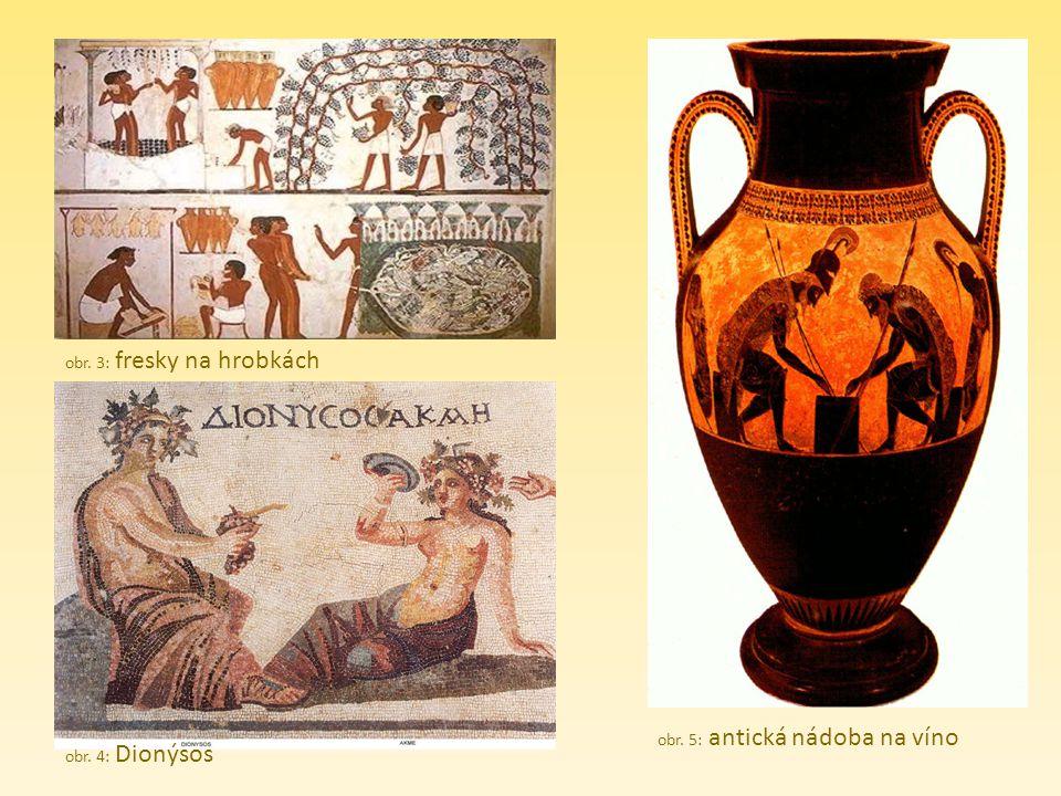 obr. 3: fresky na hrobkách