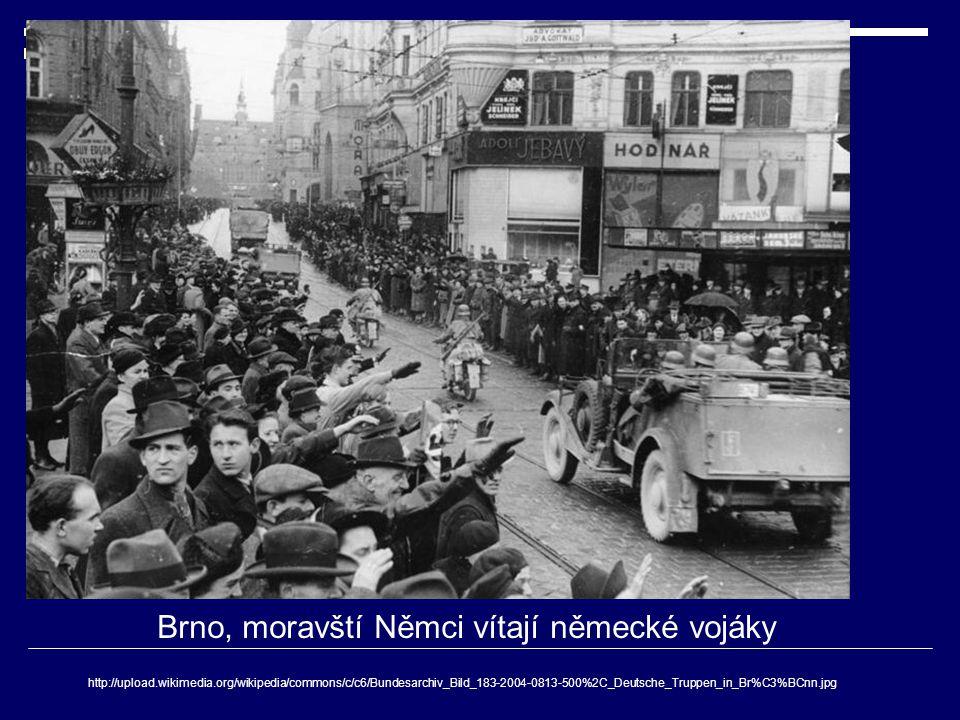 Brno, moravští Němci vítají německé vojáky