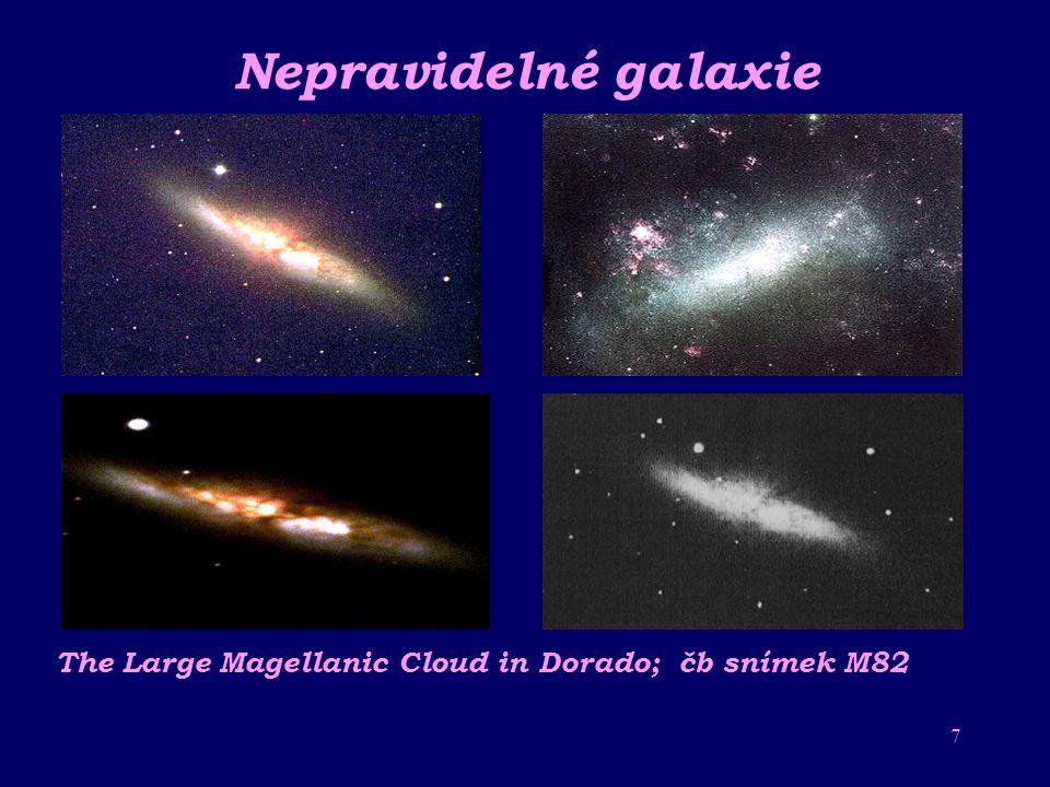 Nepravidelné galaxie The Large Magellanic Cloud in Dorado; čb snímek M82