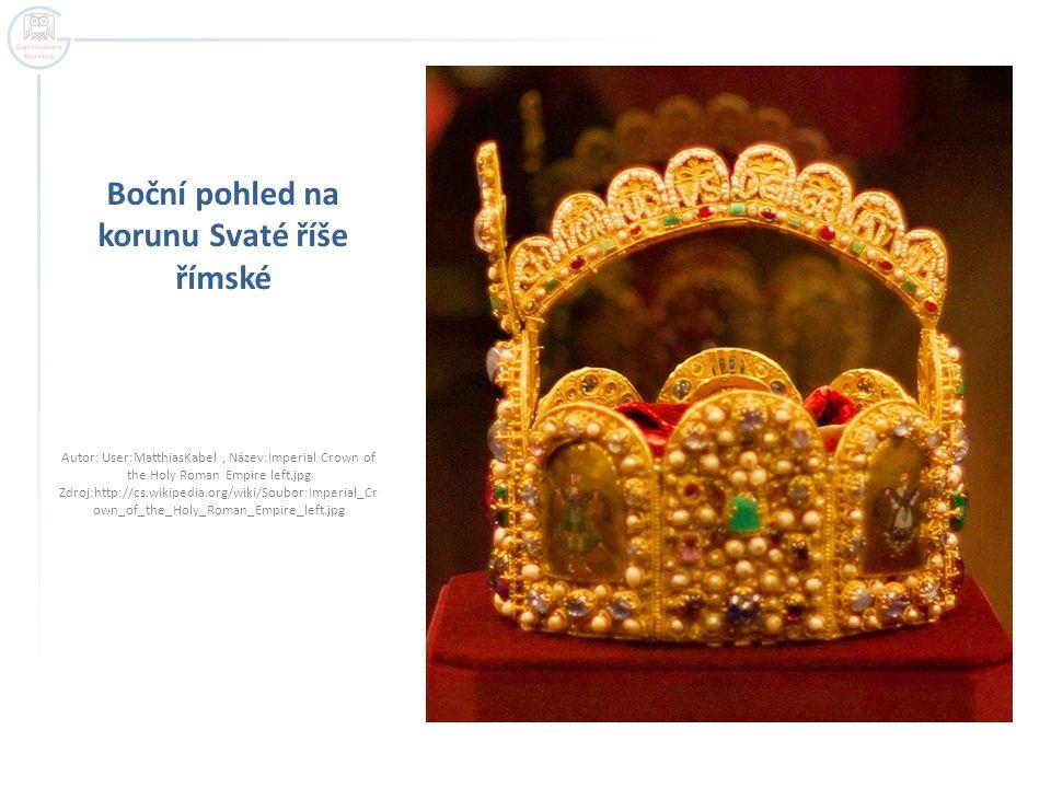 Boční pohled na korunu Svaté říše římské