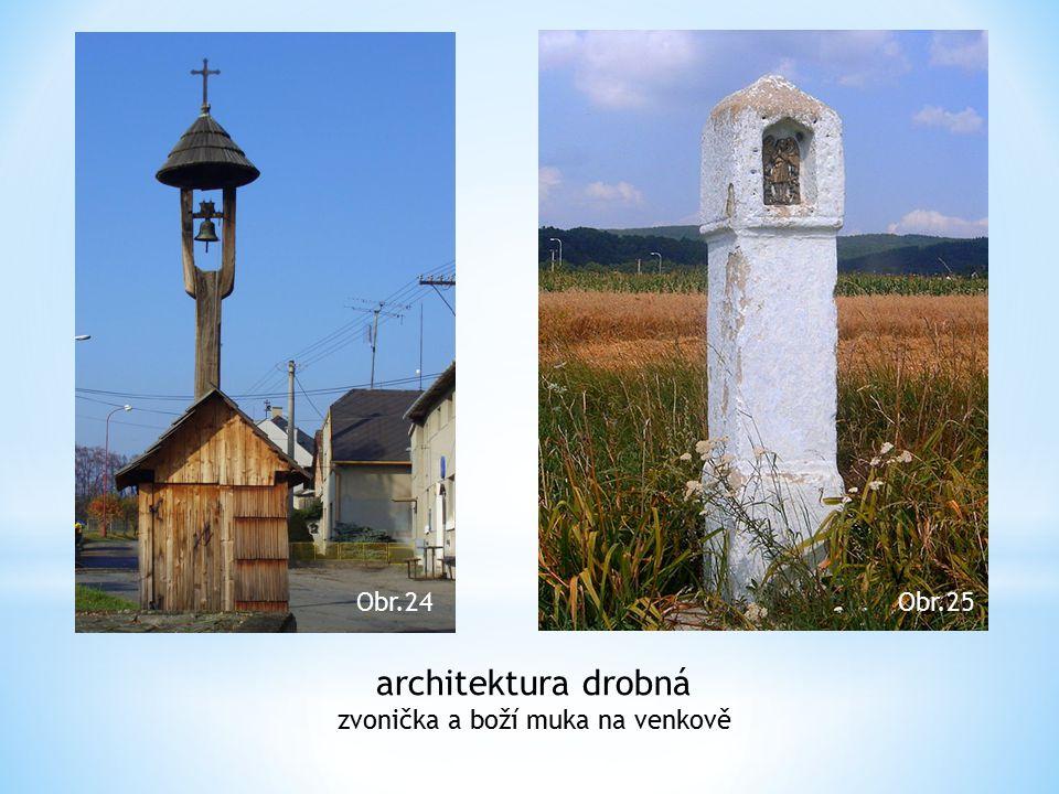 zvonička a boží muka na venkově