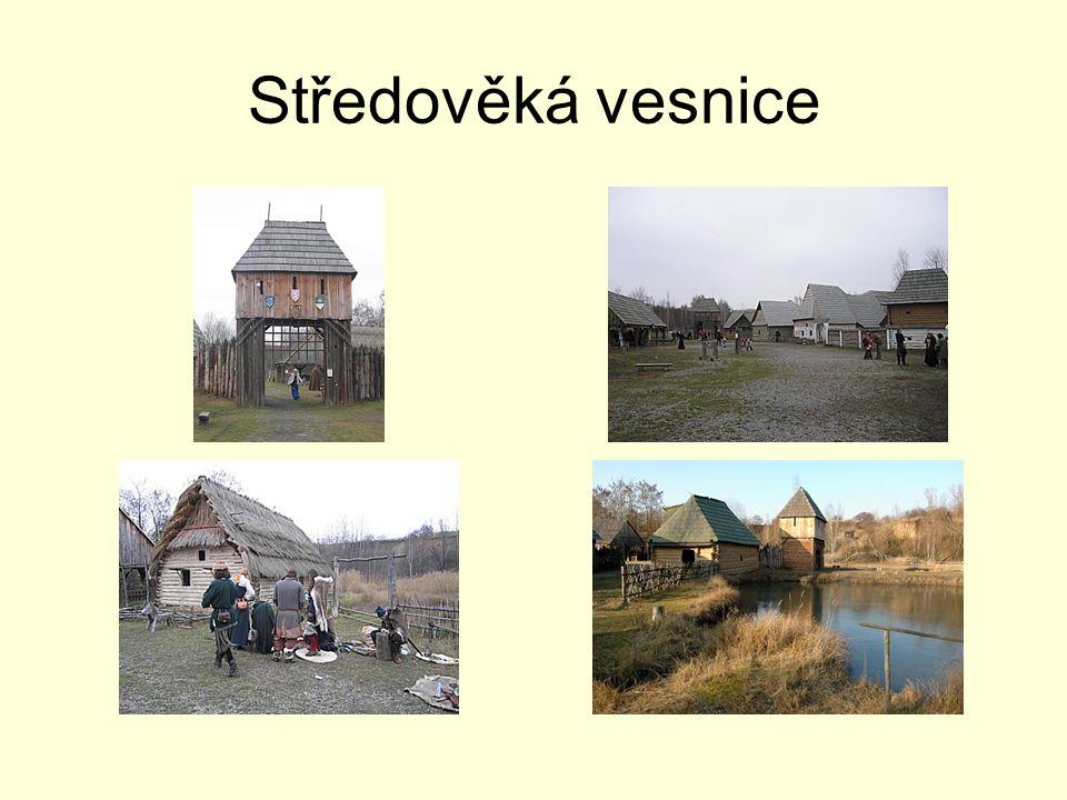 Středověká vesnice