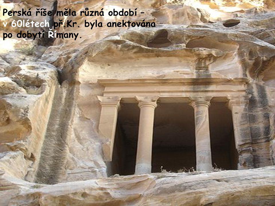 Perská říše měla různá období –