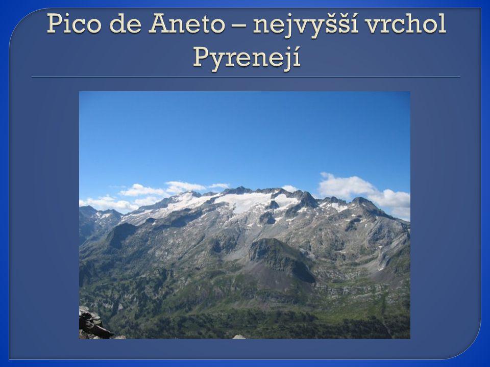 Pico de Aneto – nejvyšší vrchol Pyrenejí