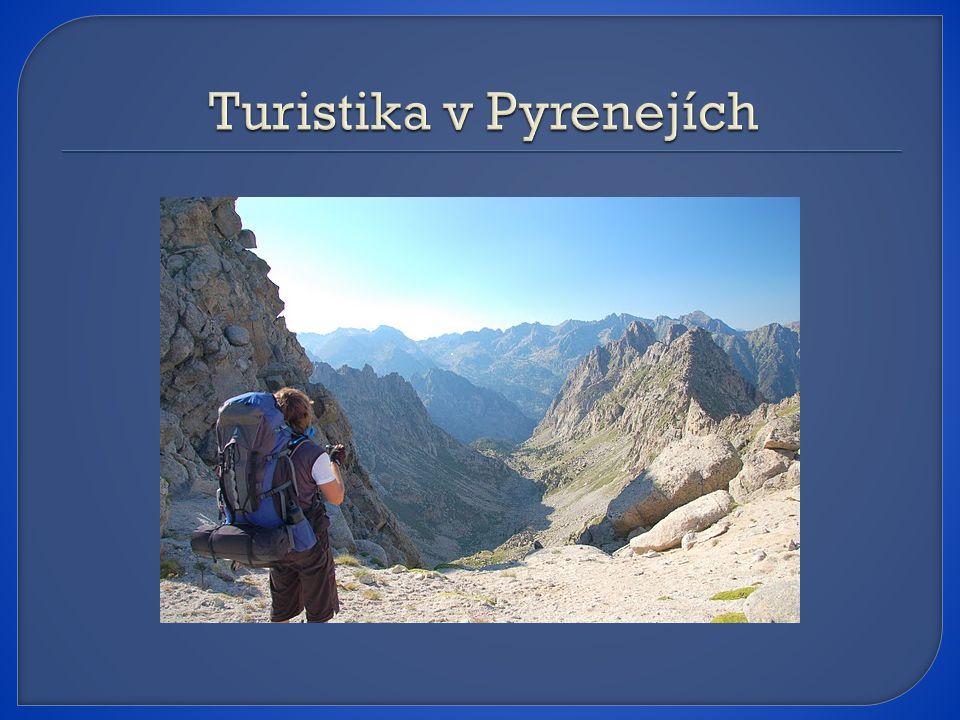 Turistika v Pyrenejích