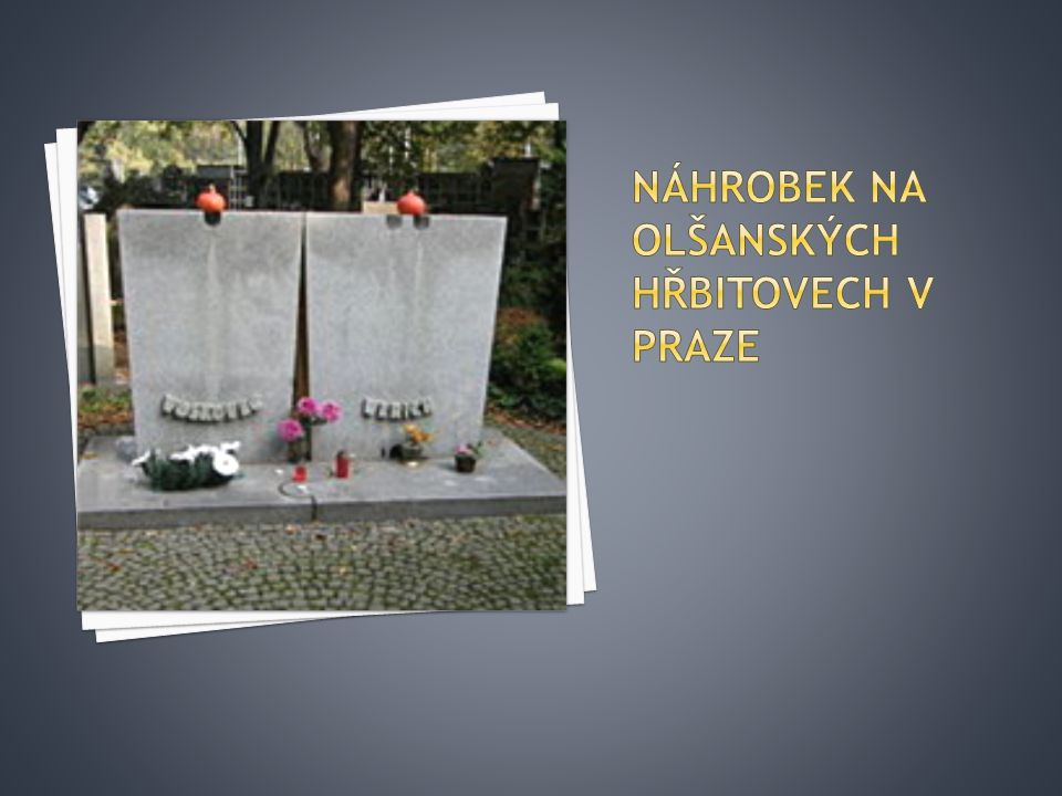 Náhrobek na Olšanských hřbitovech v Praze