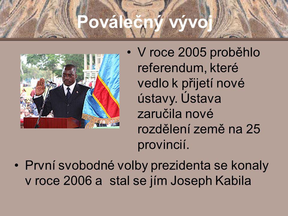 Poválečný vývoj V roce 2005 proběhlo referendum, které vedlo k přijetí nové ústavy. Ústava zaručila nové rozdělení země na 25 provincií.