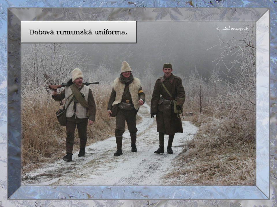 Dobová rumunská uniforma.