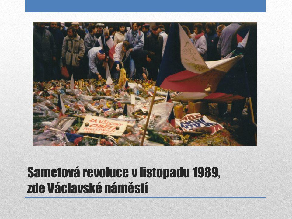 Sametová revoluce v listopadu 1989, zde Václavské náměstí