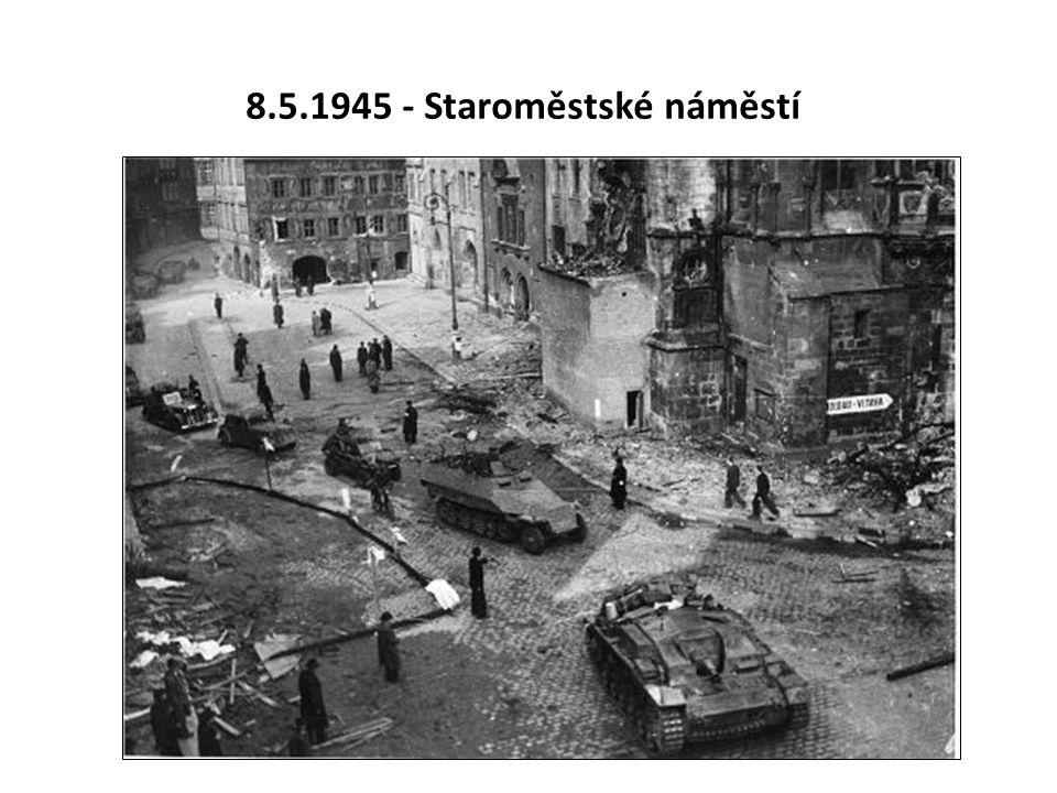 8.5.1945 - Staroměstské náměstí