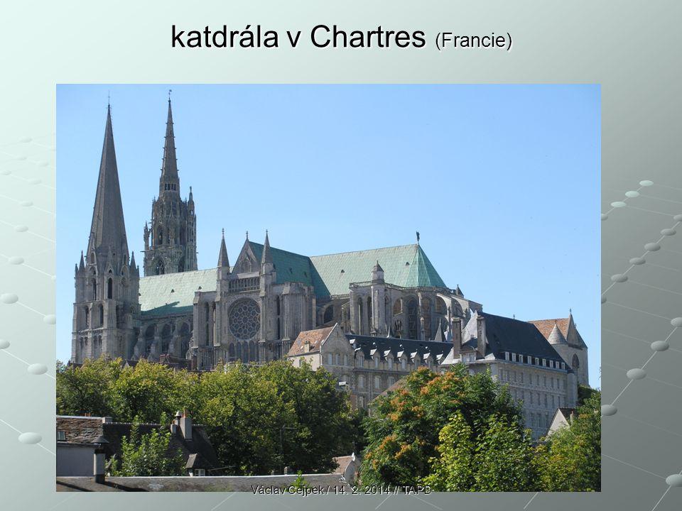 katdrála v Chartres (Francie)