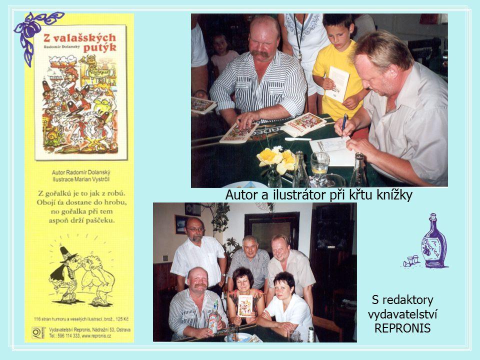 Autor a ilustrátor při křtu knížky
