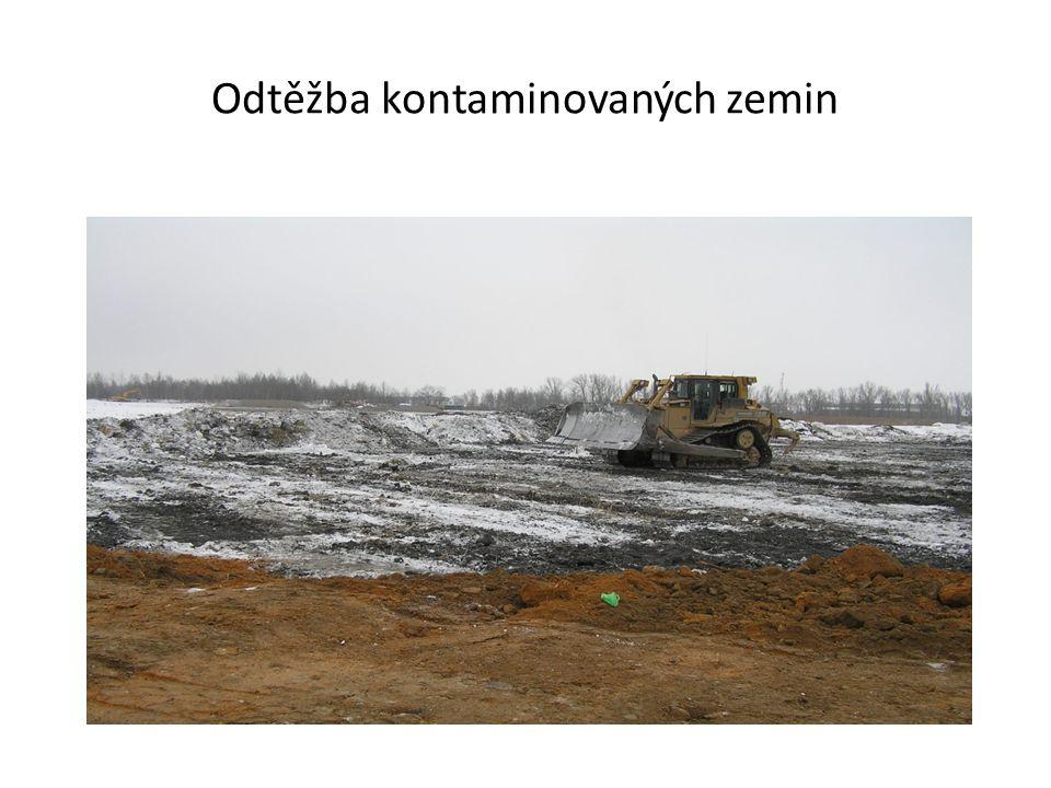 Odtěžba kontaminovaných zemin