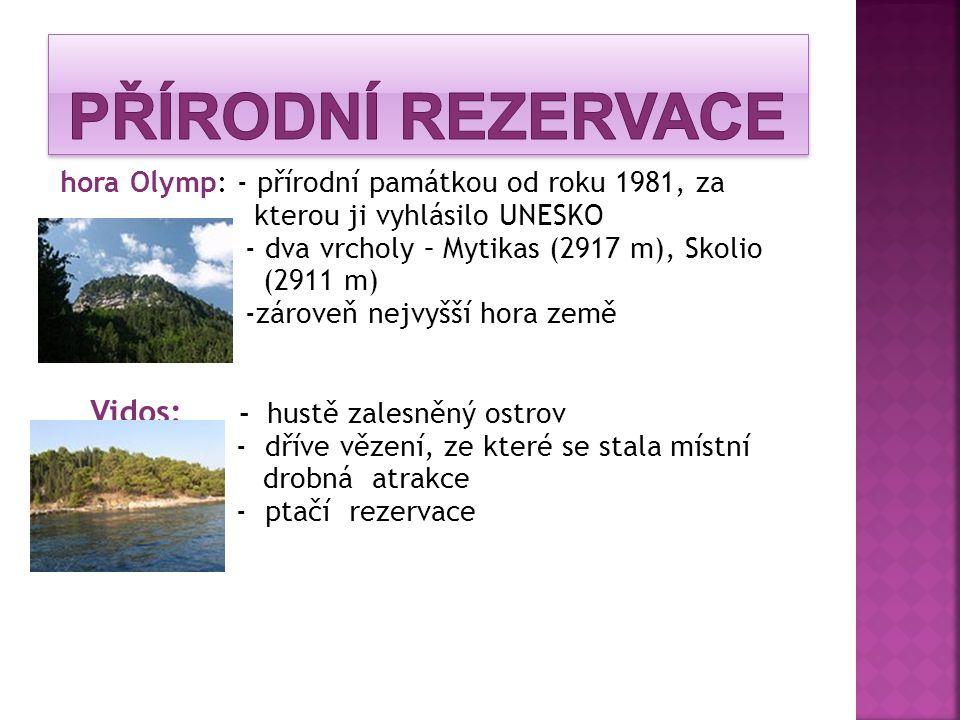 Přírodní rezervace Vidos: - hustě zalesněný ostrov